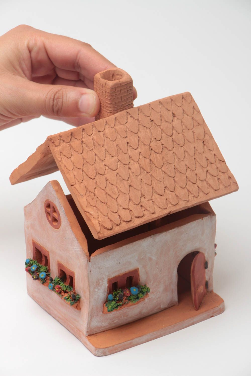Clay oil burner in the form of small house with a beautiful painting hand made  photo 5