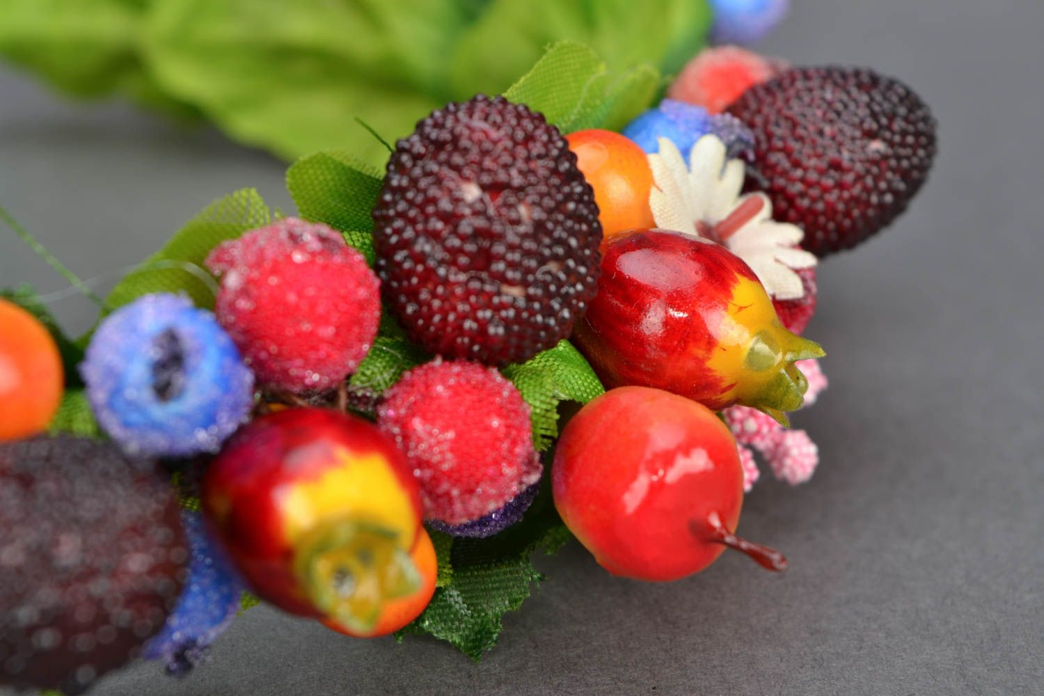 Headband with large berries and fruit photo 3