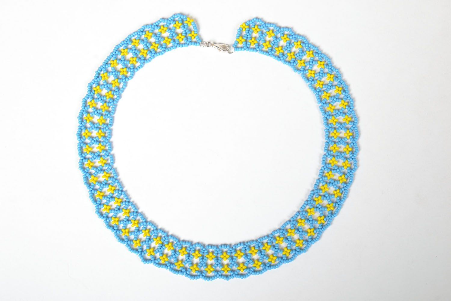 Beaded necklace photo 2