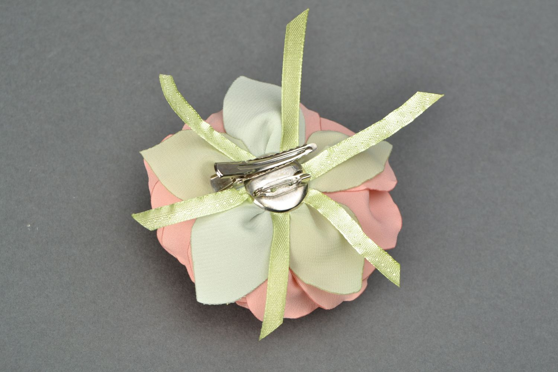 Satin ribbon brooch hair clip in the shape of tea rose photo 4