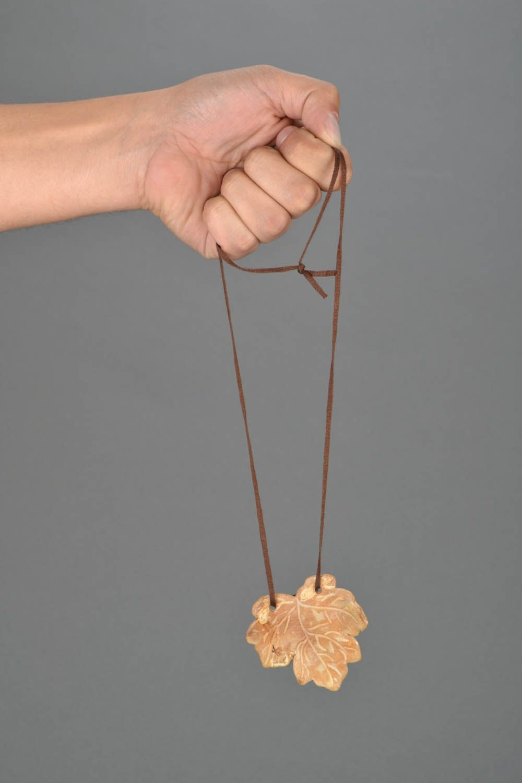 Homemade neck pendant Maple Leaf photo 2