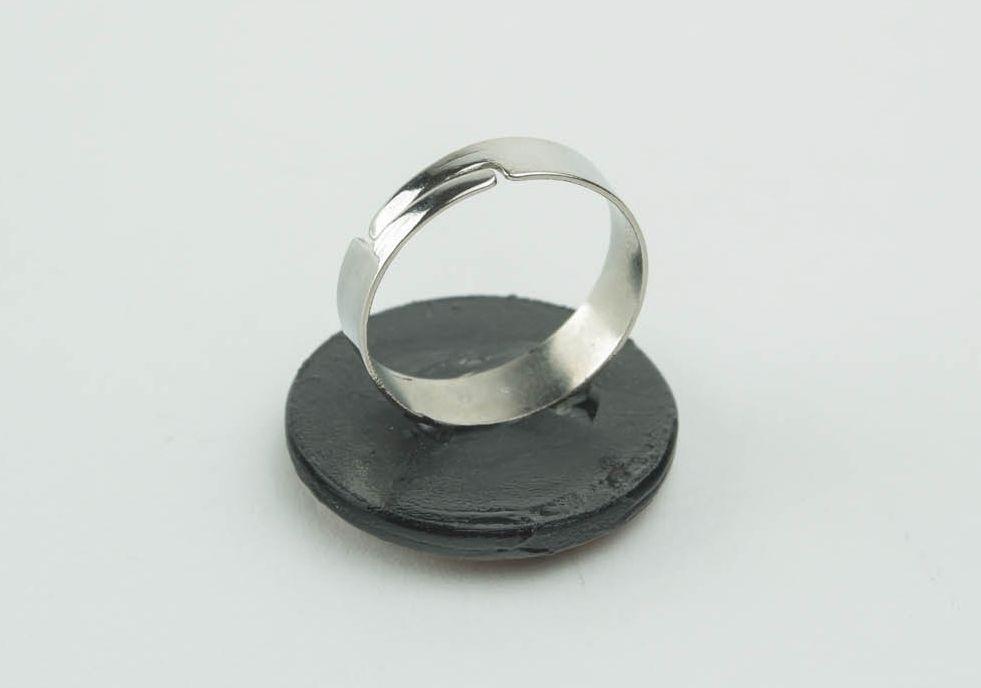 Massiver Ring aus Epoxidharz Zeit foto 4