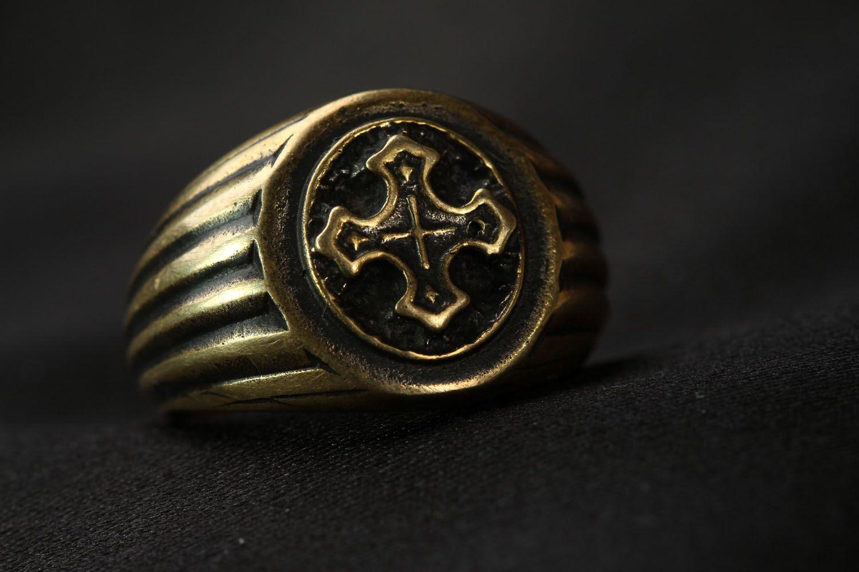 Ring aus Bronze  foto 4