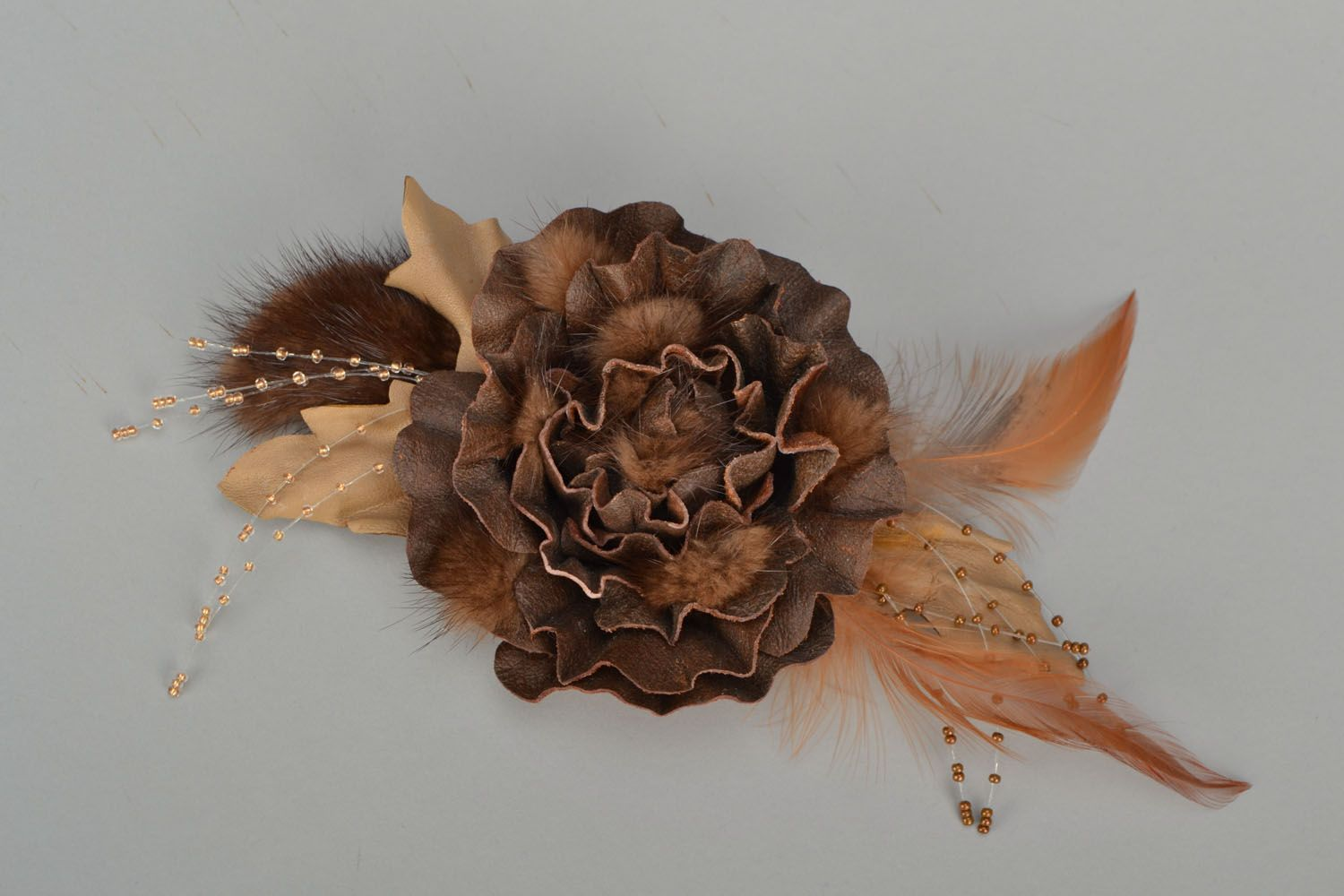 Designer brooch with feathers and fur photo 1