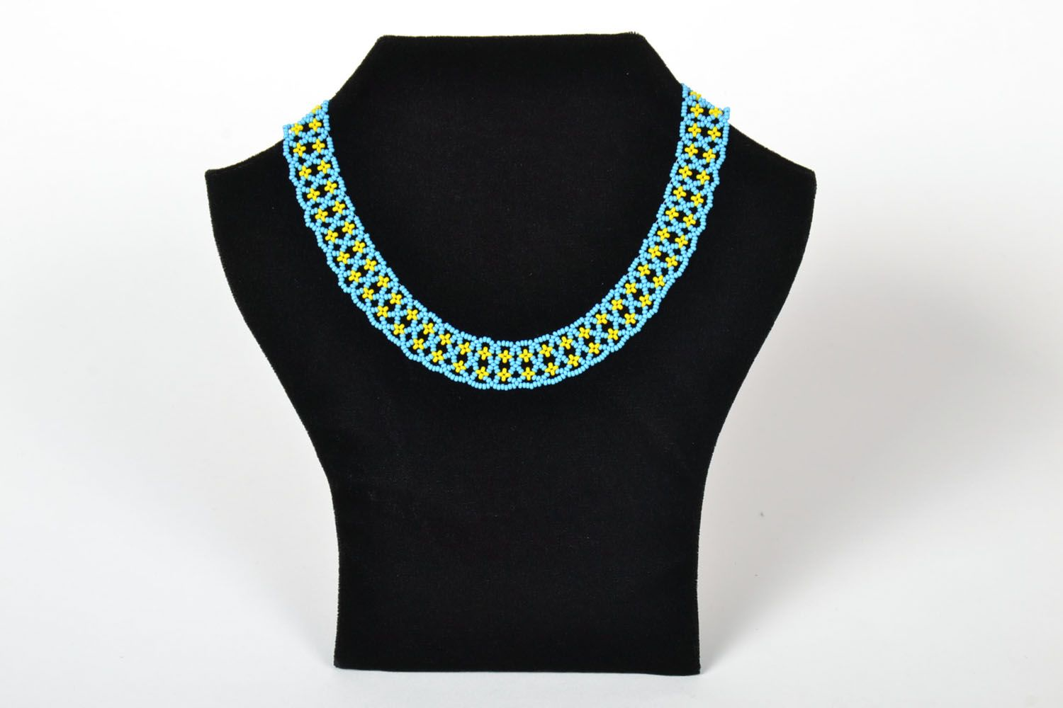 Beaded necklace photo 1