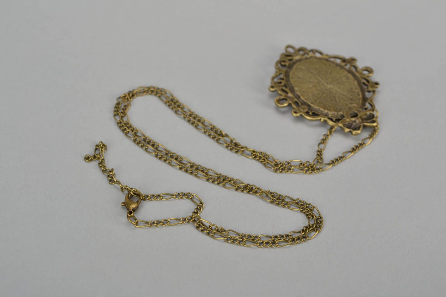 Locket with dry flowers photo 5