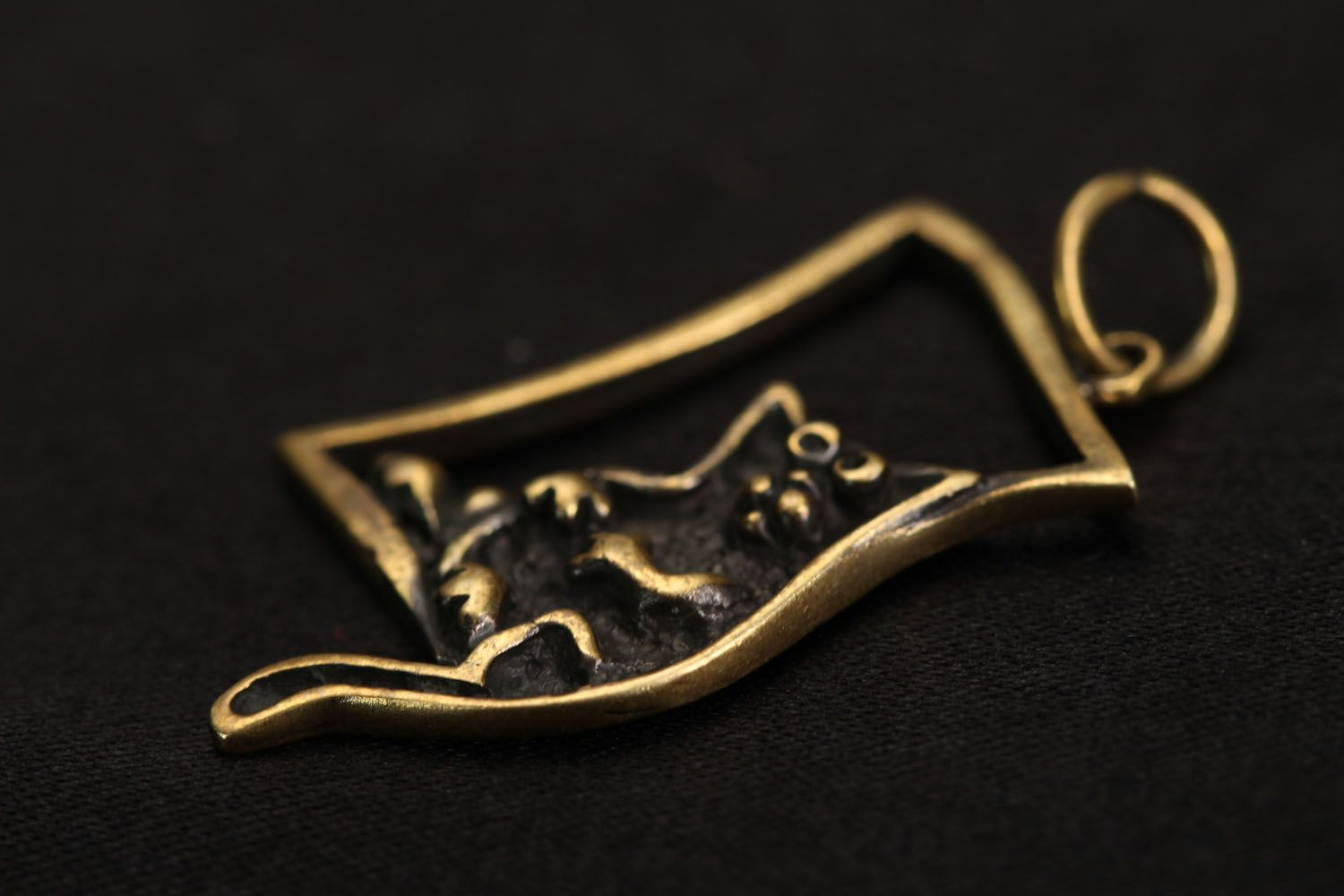 Bronze pendant Cat photo 3