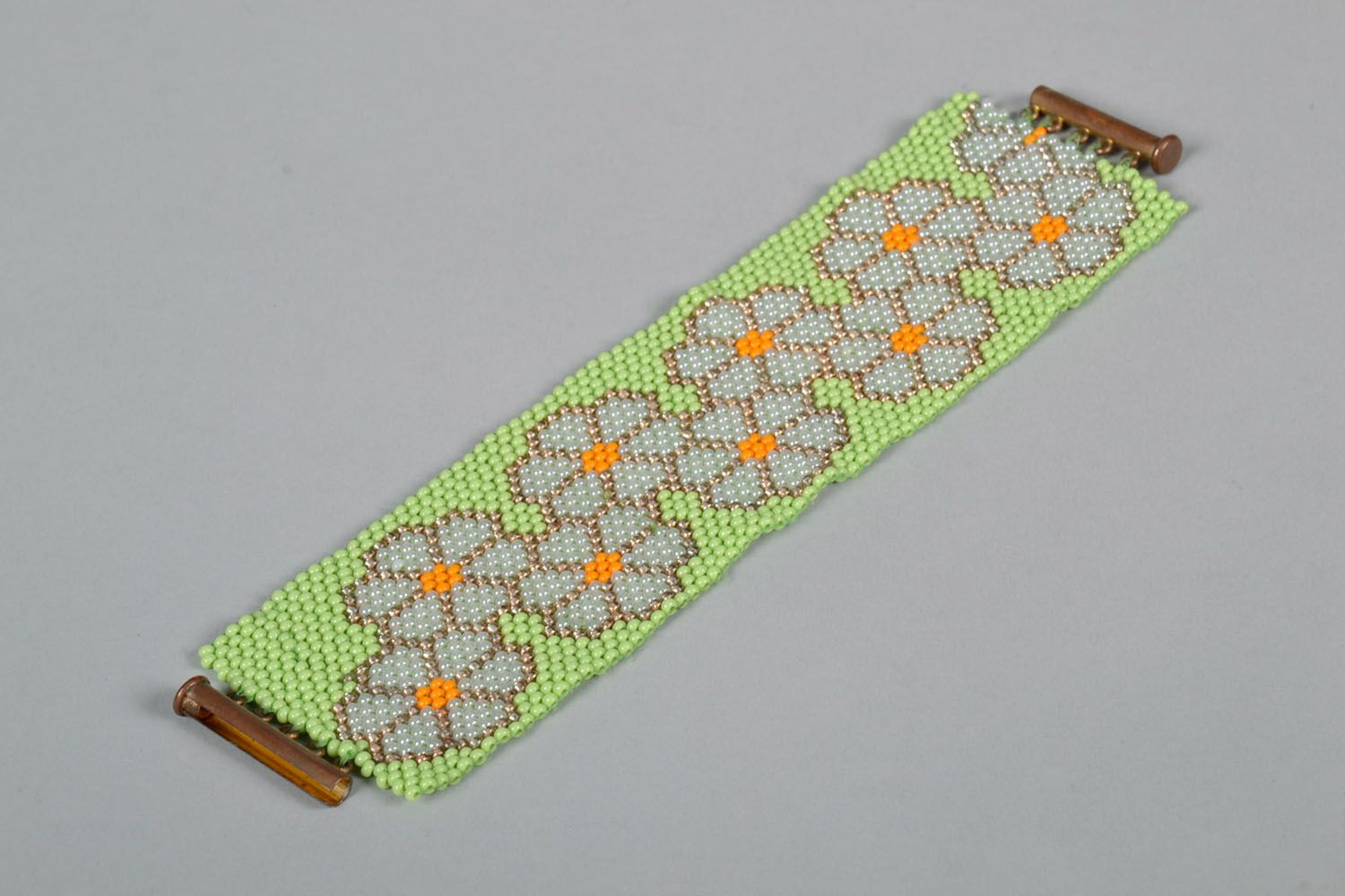 Beautiful beaded bracelet photo 2