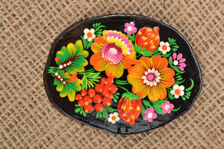 Handmade fridge magnet with Petrikivka painting photo 1