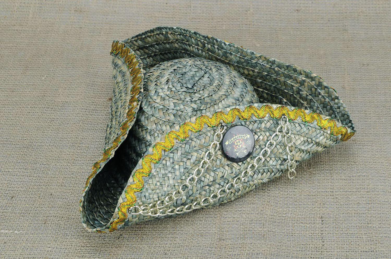 headwear Men's tricorn made of straw - MADEheart.com
