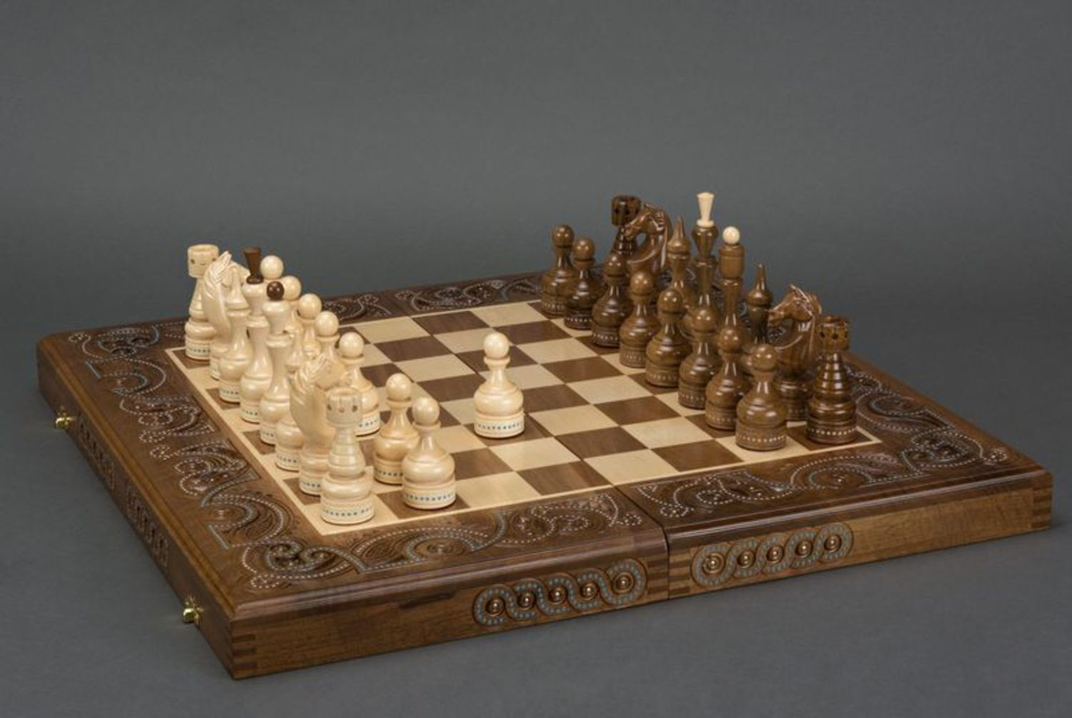 Wooden chess and backgammons photo 3