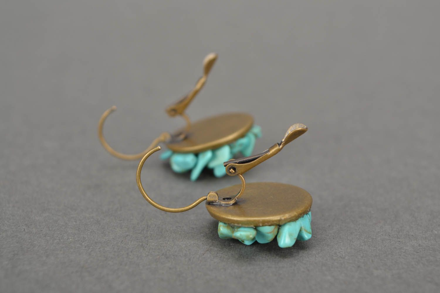 Turquoise round earrings photo 2