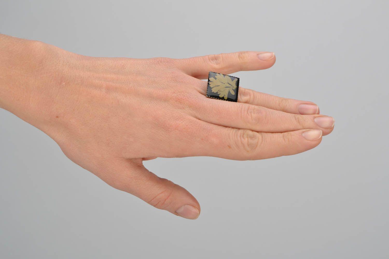 Кольцо из эпоксидной смолы фото 2