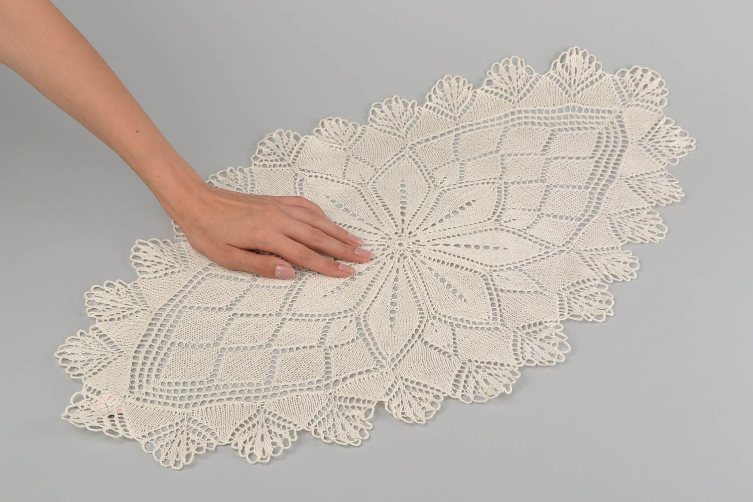 textiles and carpets Handmade knitted napkin decorative lace napkin for coffee table interior ideas - MADEheart.com