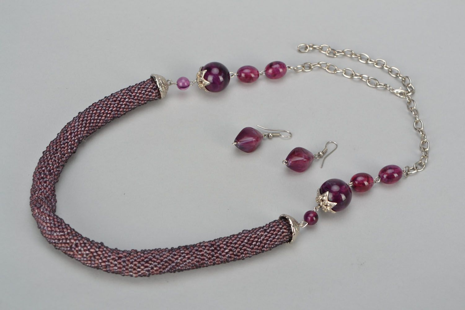 Beaded jewelry set Ultraviolet photo 2