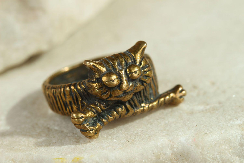 Bronze ring Lazy Cat photo 1