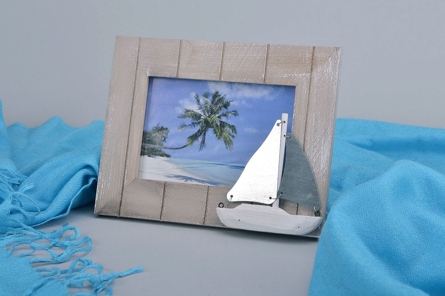 Photo frame made of alder wood photo 5