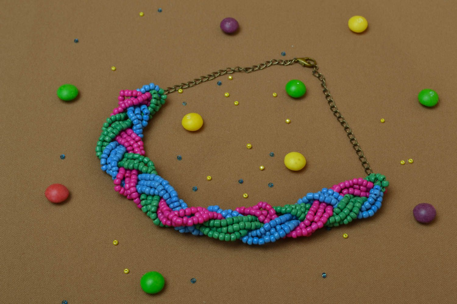 Beaded necklace with chain photo 5