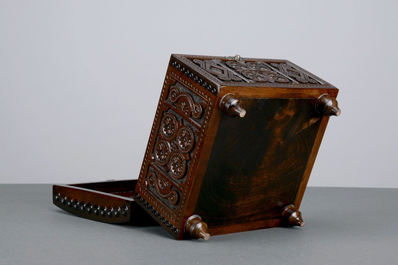 boxes Wooden casket - MADEheart.com
