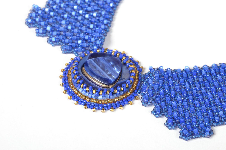 Blaues Collier aus Glasperlen foto 3