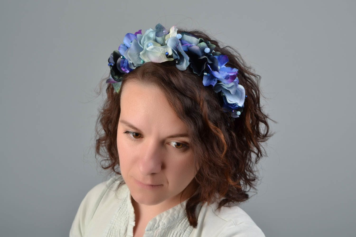 Headband with artificial flowers Violets photo 2