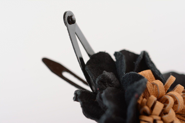 Leather hair clip Black Poppy photo 5