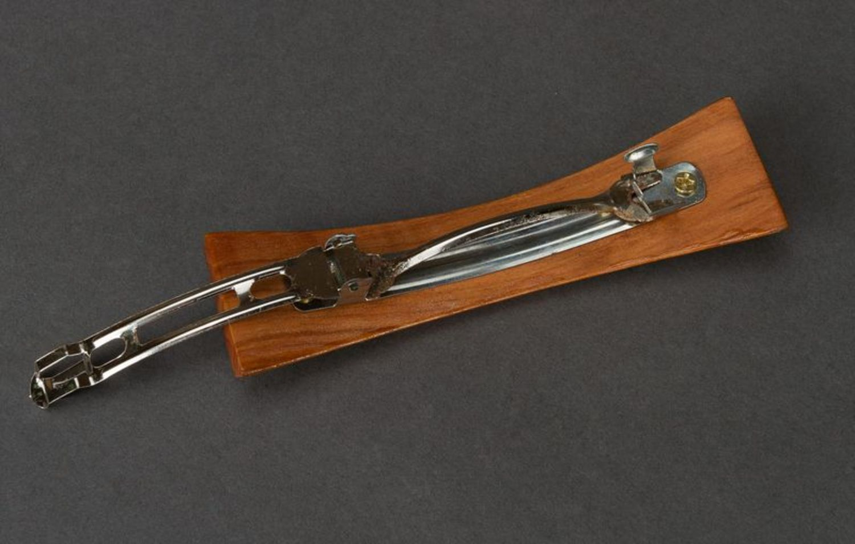 Wooden hair clip photo 4