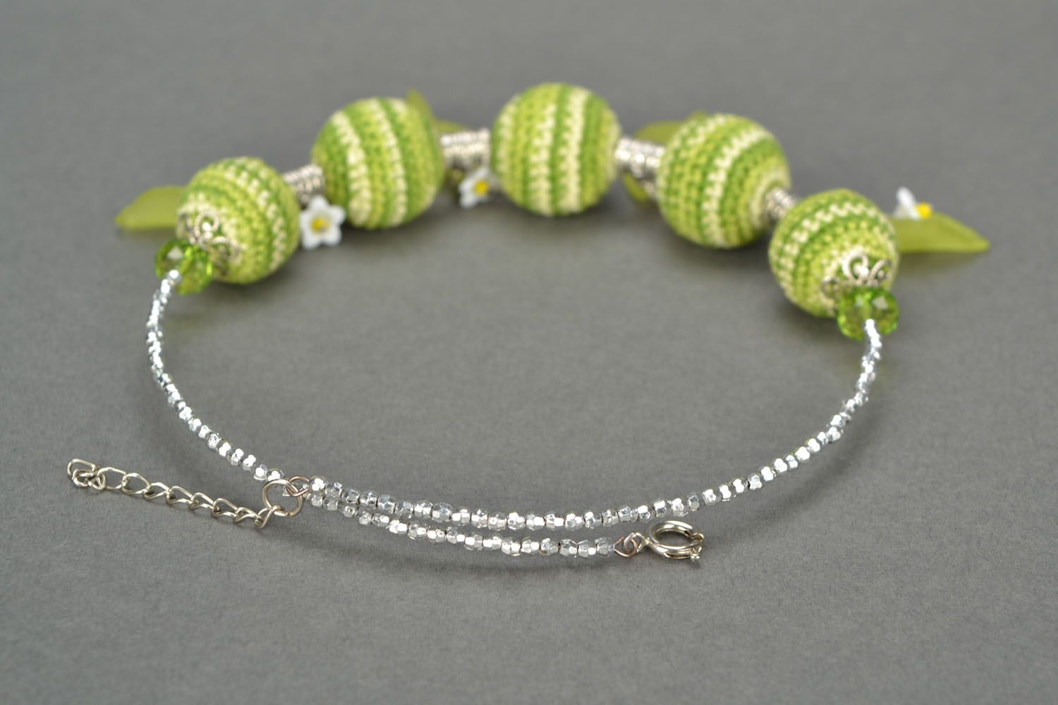 Necklace with crocheted round beads photo 4