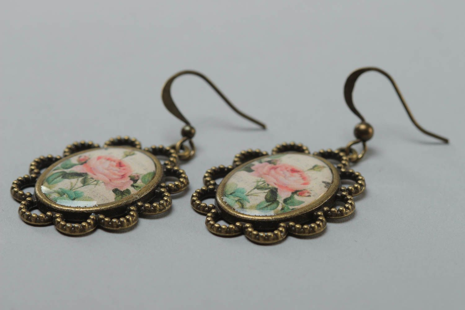 Women's beautiful handmade glass glaze oval earrings with roses photo 3