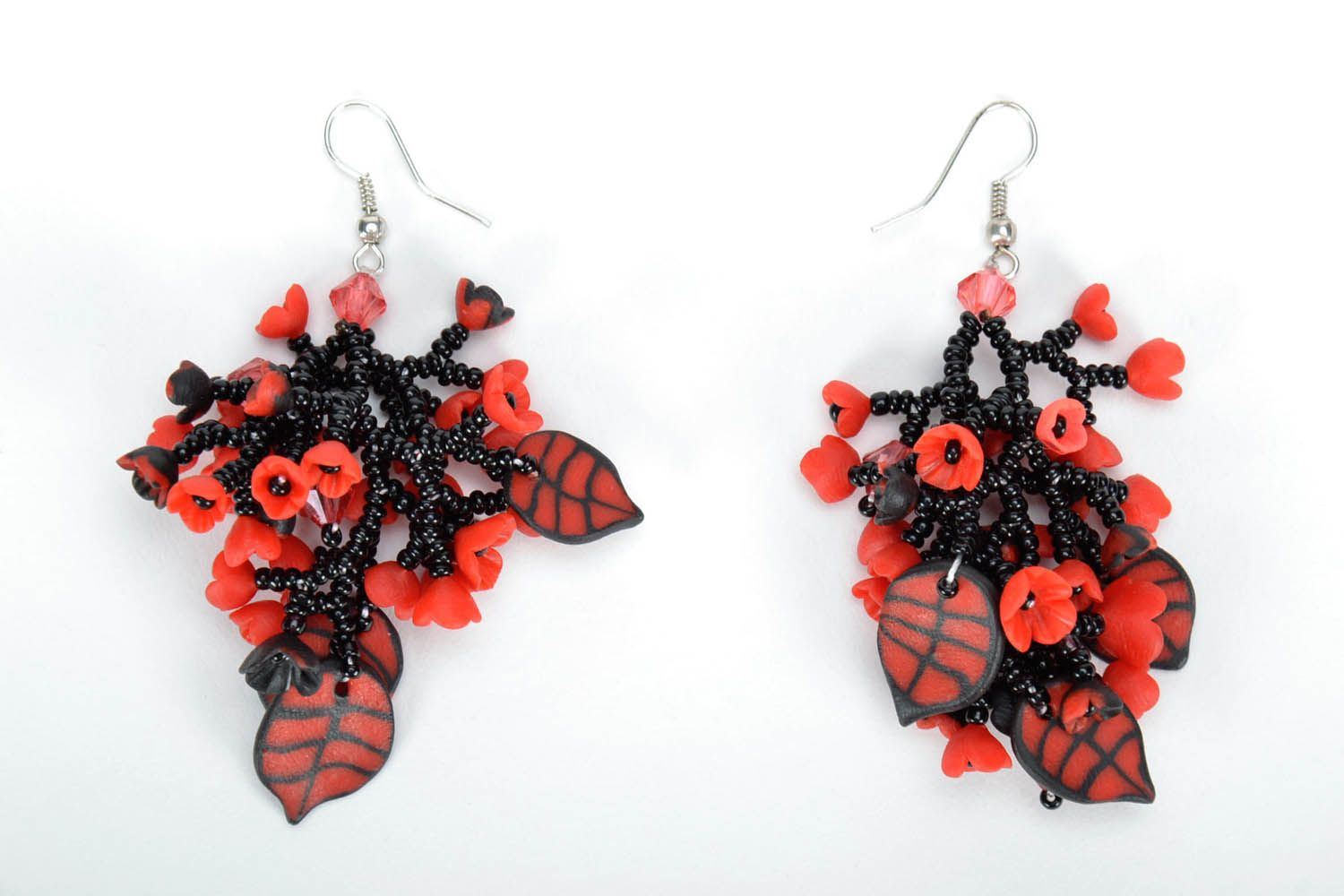 Long black and red earrings photo 3