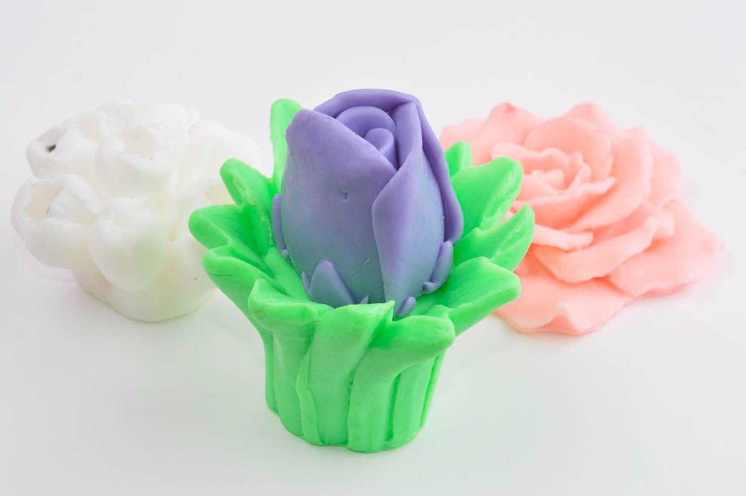 Handmade soap set natural cosmetics 4 flowers pieces natural soap gift idea photo 3