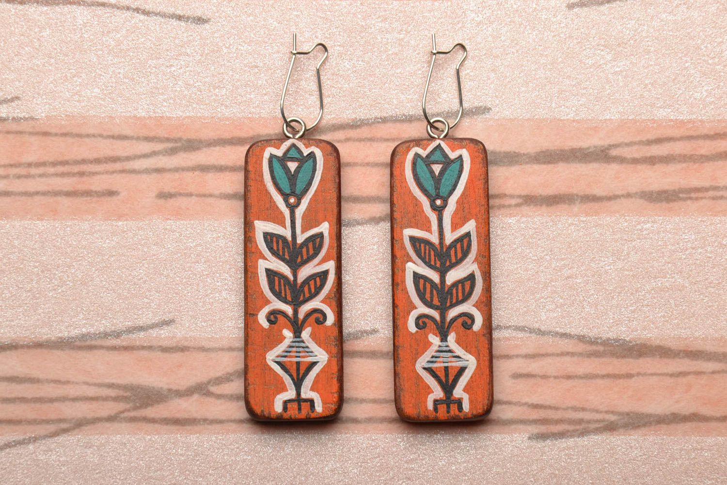 Hand painted wooden earrings photo 1
