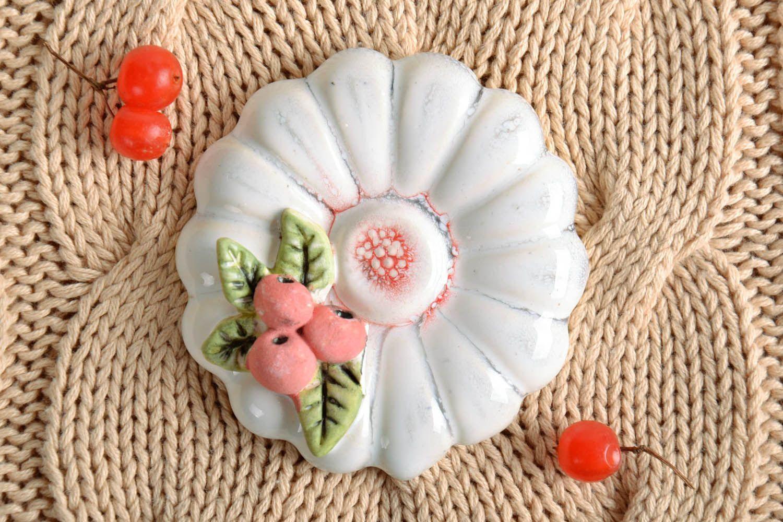 Ceramic fridge magnet Flower photo 1