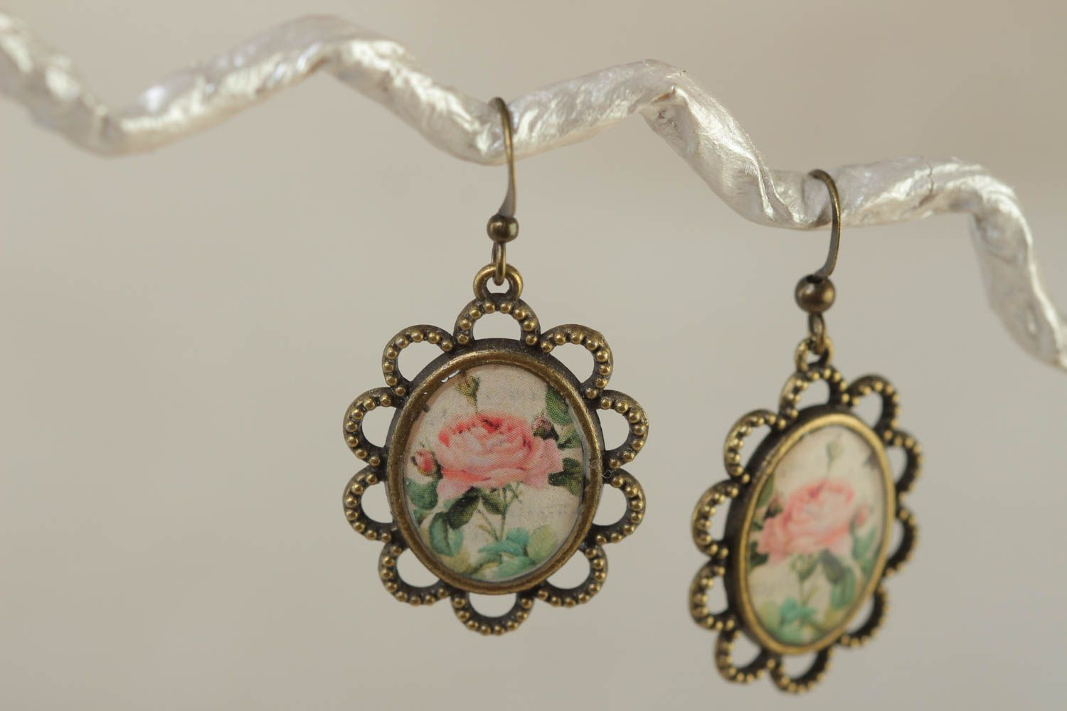 Women's beautiful handmade glass glaze oval earrings with roses photo 1