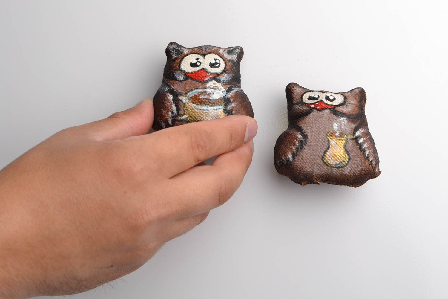 Set of handmade designer flavored fabric soft fridge magnets 2 pieces Owls photo 2