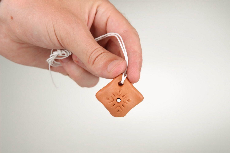 Ceramic tin whistle pendant, 2 sounds photo 3