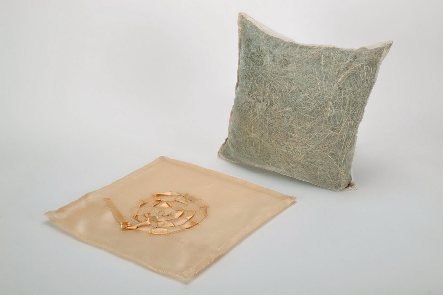 Herb pillow with pillow-case photo 3