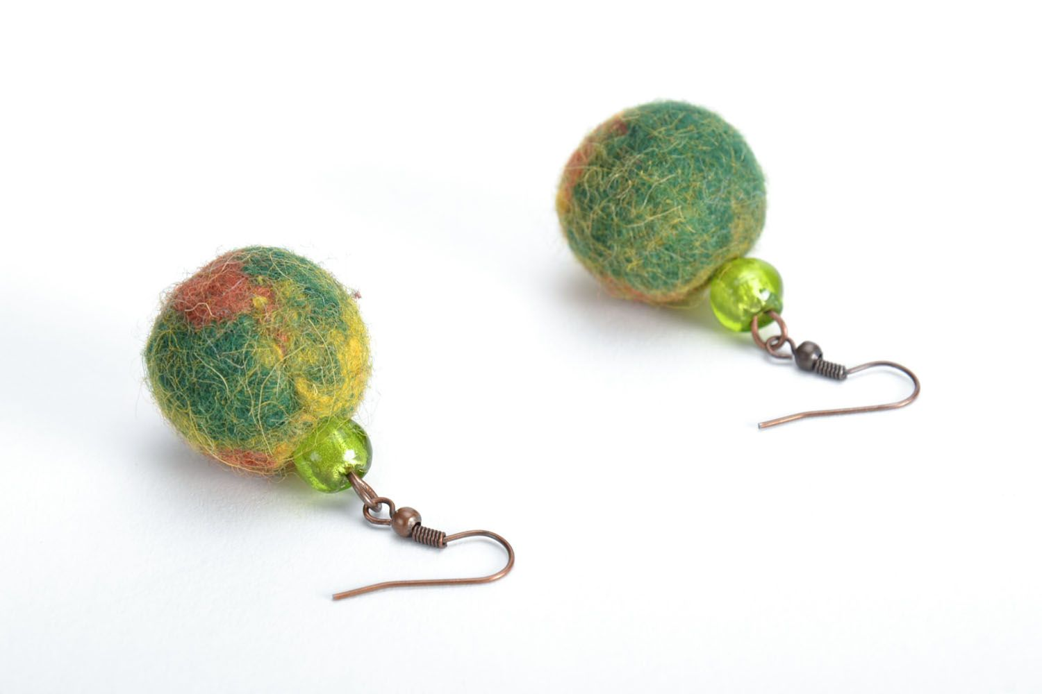Wool earrings photo 3