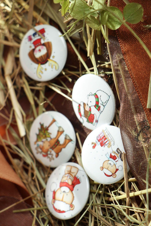 Set of children's badges Christmas photo 4
