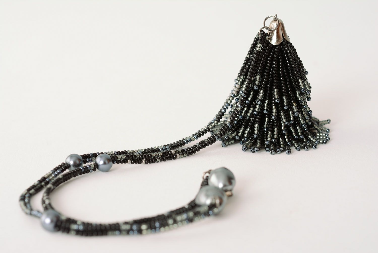 Unique beaded necklace Tail photo 4