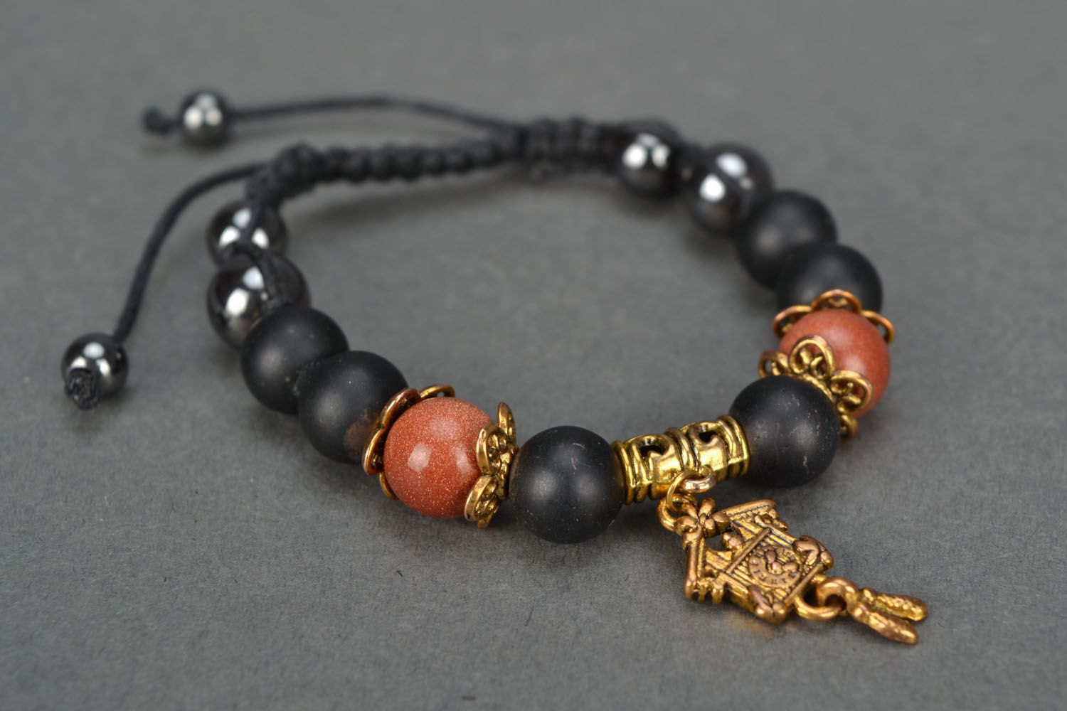 Beautiful bracelet with natural stones photo 3