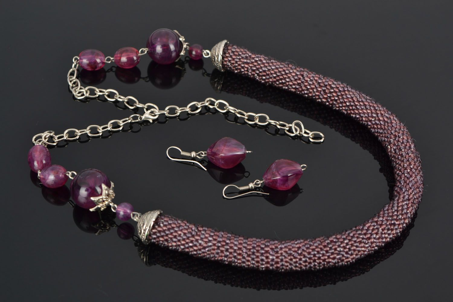 Beaded jewelry set Ultraviolet photo 1
