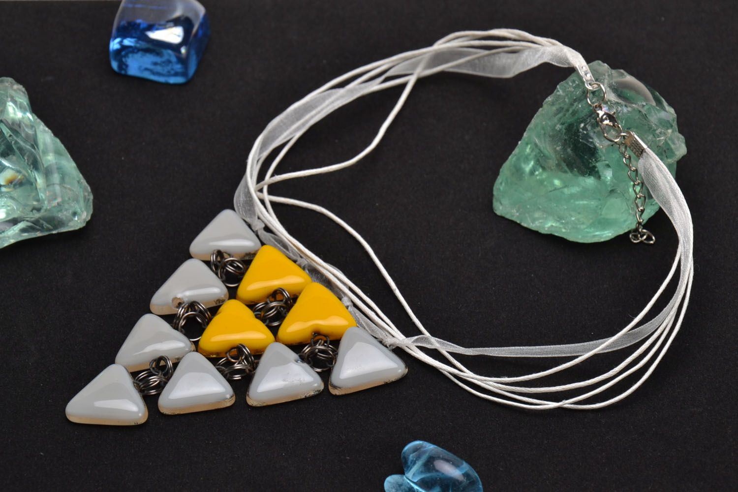 Triangle glass pendant-1