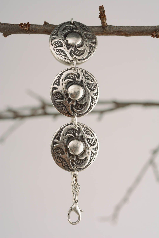 Metal bracelet in ethnic style photo 4