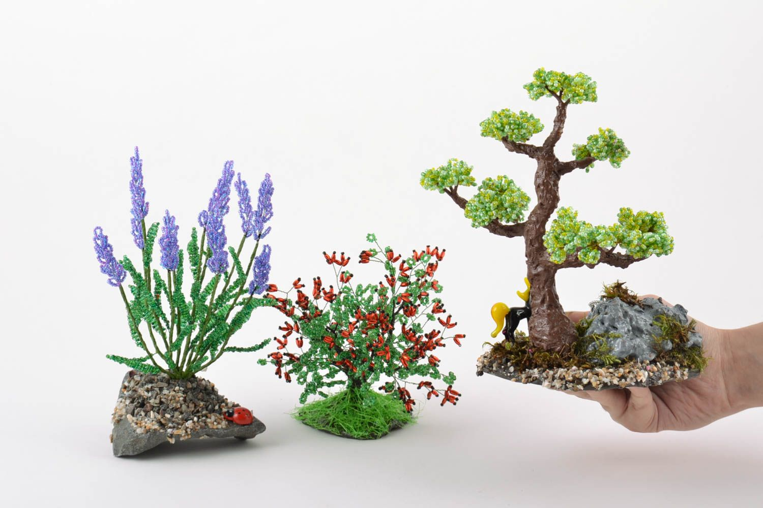 MADEHEART Set of handmade beaded wire bonsai tree bush and