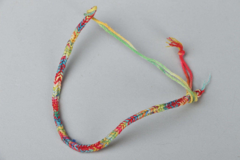 Браслет из шнурков фото 1