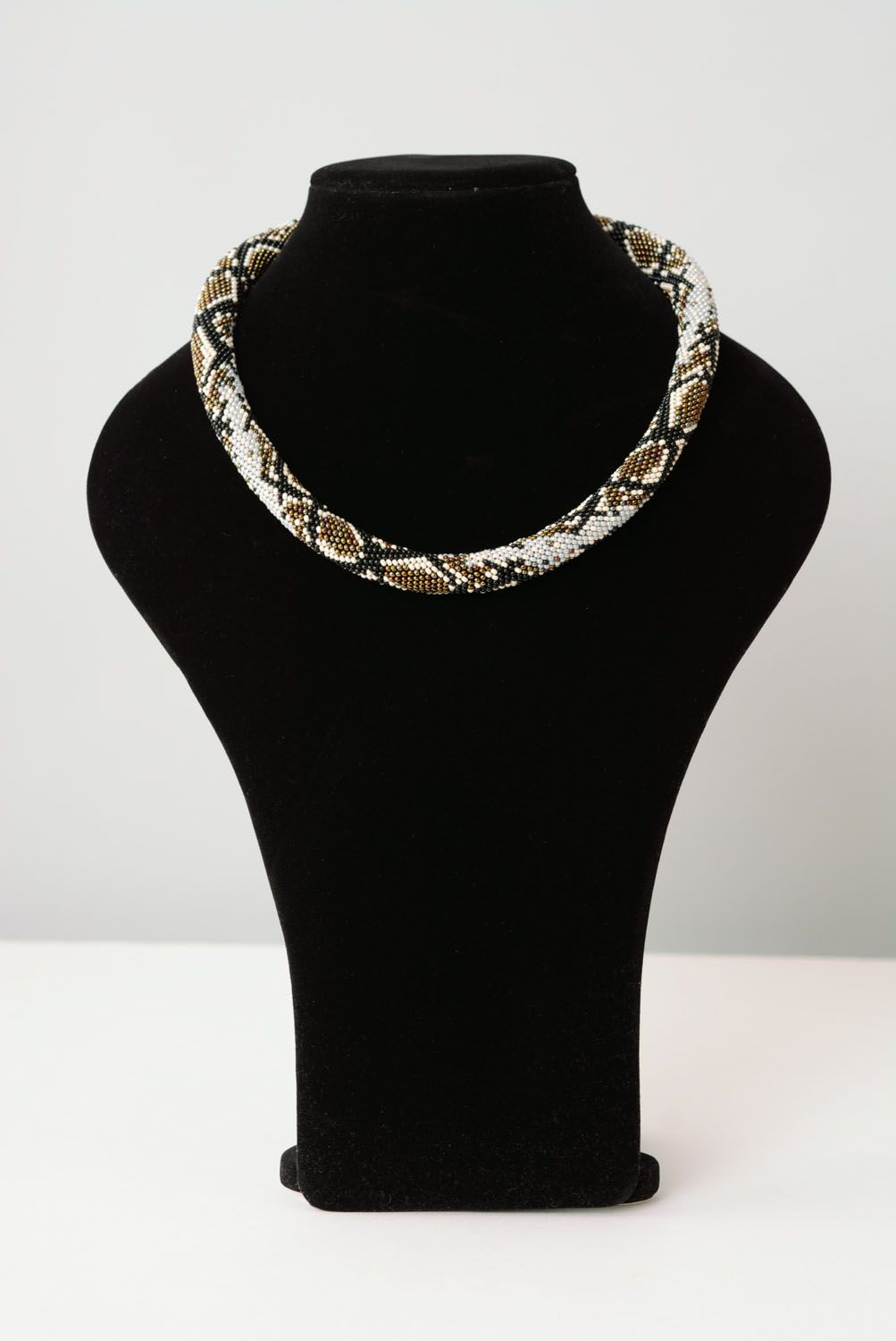 Beaded cord with python skin pattern photo 1