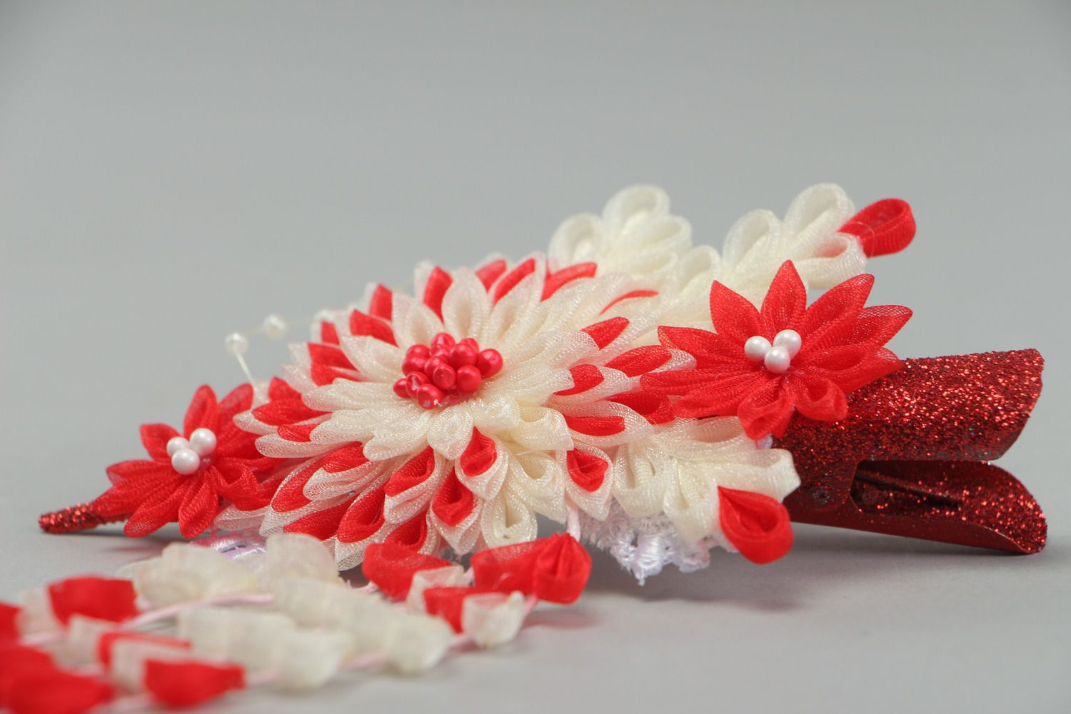 MADEHEART > Festive handmade hair clip with kanzashi flower in red ...