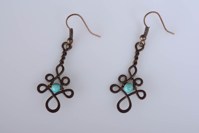 boucles d'oreilles wire wrap Longues boucles d'oreilles en cuivre et turquoise wire wrapping faites main - MADEheart.com