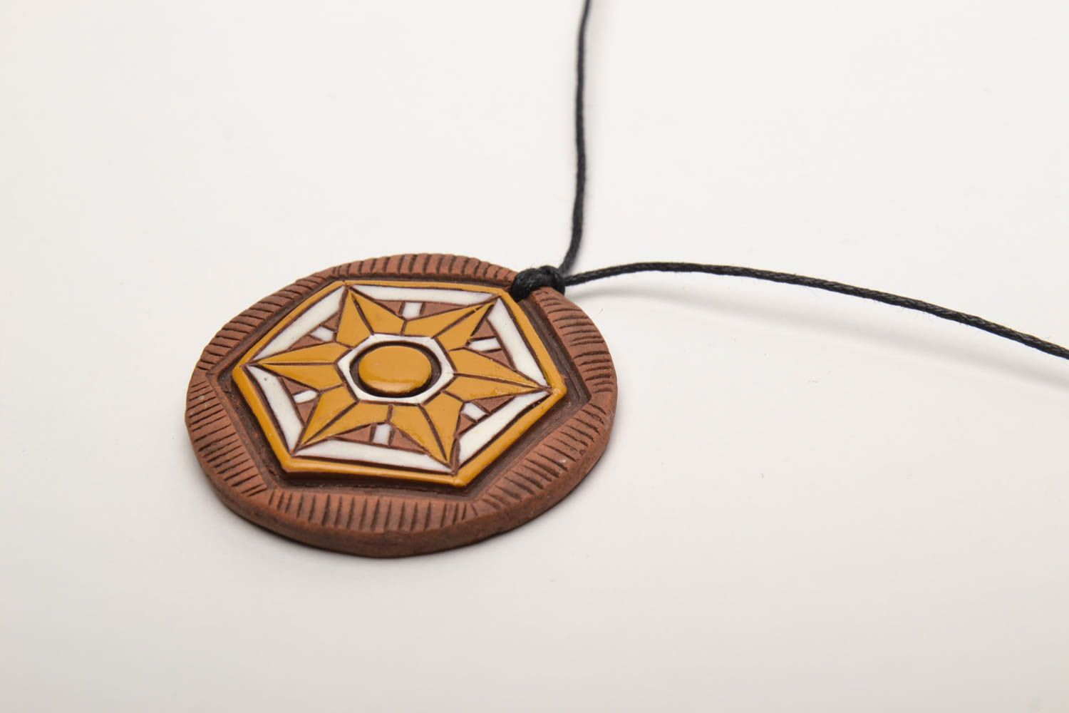 Bright ceramic pendant in ethnic style photo 4